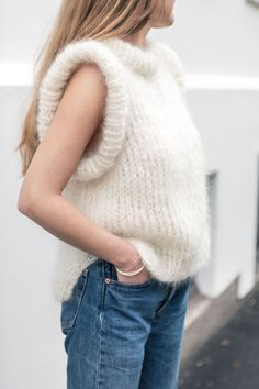 Mohair Yarn, Off White, Vest, Turtle Neck, Boutique, Knitting, Hair Styles, Crochet, People