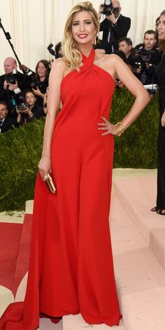 It's the first Monday in May! See your favorite stars on the red carpet at the 2016 Met Gala, celebrating Manus x Machina: Fashion in an Age of Technology. Ivanka Trump Photos, Lauren Bush, Brian Atwood Shoes, Met Gala Red Carpet, Freida Pinto, Ralph Lauren Collection, Michael Kors Collection, Red Aesthetic, Bridesmaid Dresses