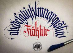 Alfabeto minuscolo Fraktur  © 2014 alberto manzella™. Tutti i diritti riservati. www.albertomanzella.it #albertomanzella #albertomanzellafoto #calligrafia #calligraphy #fraktur #textur #gotica #gothic #echidicarta #corsi #corsicalligrafia #fotografia