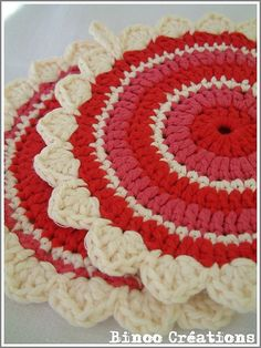 Cherry Clafoutis potholders pattern.