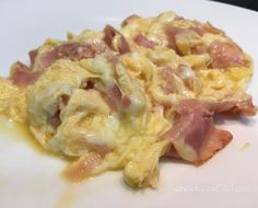 Sábado de #revuelto de #huevos #VEACI #jamon de #pavo y...