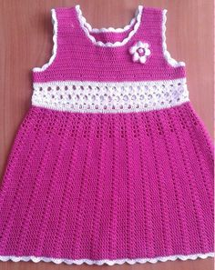 Patron vestido con cuello redondo para niña a crochet