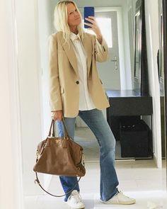 Осень-зима 2020-21 - образы с блейзером от топовых блогеров Photo - Martina Meier. #блейзер #тренды2021 #трендызима20202021 #образысблейзром #блейзер2021 #осеннийгардероб #зима2021 #образызима2021 #образынаосень #образыназиму Fashion Images, Slow Fashion, Street Style, Queen, My Style, Instagram, Womens Fashion, Inspiration, Outfits
