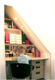 tiny office under stairs Attic Rooms, Attic Spaces, Small Spaces, Attic Bathroom, Tiny Office, Loft Office, Office Nook, Office Desks, Loft Room