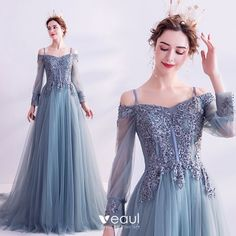 Classy Pool Blue Prom Dresses 2020 A-Line / Princess Spaghetti Straps Sequins Lace Flower Long Sleeve Backless Court Train Formal Dresses Classy Pool Blue Robes de bal 2020 A … Blue Ball Gowns, Ball Gowns Evening, Ball Gowns Prom, Princess Prom Dresses, Blue Wedding Dresses, Formal Dresses, Women's Fashion Dresses, Dress Outfits, Pretty Dresses