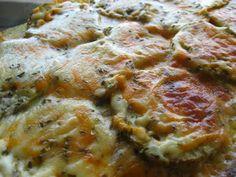 Ingredientes: 1 berenjena queso en lonchas jamón york, o pavo en lonchas queso rallado orégano y sal Elaboración: Pincelar con aceite el...