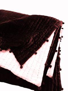 Velvet Bedding Sets, Velvet Duvet, King Size Duvet Covers, White Duvet Covers, Queen Size Quilt, Green Quilt, Quilts For Sale, Comforters, Awesome