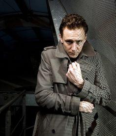 Session 02 - 002 - Tom Hiddleston Online
