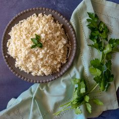 Cauliflower Rice is a healthy alternative to rice that comes together in minutes. Use it to sneak more servings of vegetables into all your favorite rice dishes! Sees Fudge Recipe, Fudge Recipes, How To Make Cauliflower, Cauliflower Rice, Creamed Peas And Potatoes, Mashed Potatoes, Baked Cod, What Recipe, Twice Baked Potatoes