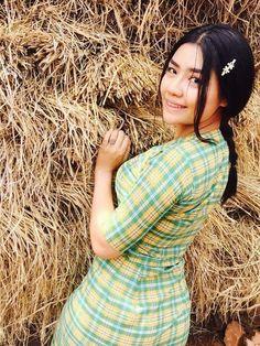 India Beauty, Asian Beauty, Burmese Girls, Myanmar Women, Village Girl, Beautiful Asian Girls, Hottest Models, Pin Up, Photoshoot