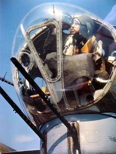Flying Fortress and Bombardier Aircraft Photos, Ww2 Aircraft, Military Aircraft, B 17, Image Avion, Photo Avion, Gun Turret, Ww2 Planes, Vintage Airplanes