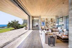 我們看到了。我們是生活@家。: 洛杉磯房地產商Kurt Rappaport位在Malibu海岸的家,非同尋常!