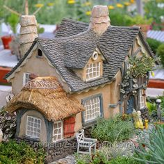 Fairy gardening/miniature gardening is creating scenes and garden areas using small plants and accents. Description from pinterest.com. I searched for this on bing.com/images