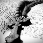 Psalmul 26 - Cel Mai Puternic | La Taifas Mai, Holding Hands, Lungs