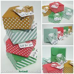 Quadratische Schachteln in den neuen Incolors sind ebenfalls mit dem Punchboard für Geschenktüten entstanden.     Das passende gemusterte ...
