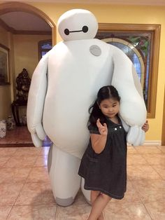 Big Hero 6 - Baymax Cosplay Made by Pablo Bairan and Tanya Bairan Photo credits: Tanya Bairan