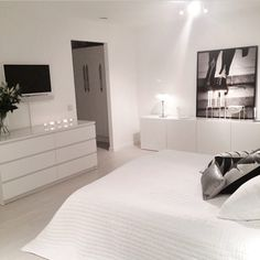 40 Top IKEA Bedroom Design 2017 Inspirationsvhomez Page 14 White Bedroom Set, Bedroom Sets, Home Bedroom, Bedroom Decor, Master Bedroom, Trendy Bedroom, Master Suite, Modern Bedrooms, White Rooms