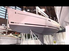 2017 Beneteau Oceanis 31 Sailing Yacht - Deck and Interior Walkaround - 2016 Salon Nautique Paris - YouTube