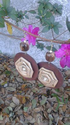V05 beautiful flower earrings by RettasBoutique on Etsy