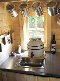 Wee kitchen sink - All For Garden Van Living, Tiny House Living, Small Living, Dry Cabin Living, Tumbleweed Tiny Homes, Tiny House Company, Kombi Home, Off Grid Cabin, Small Sink