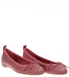Gucci Pink Micro Guccissima Ballerina Shoe from www.profilefashion.com Ballerina Shoes, Soft Summer, Gucci, Loafers, Flats, Pink, Fashion, Travel Shoes, Loafers & Slip Ons