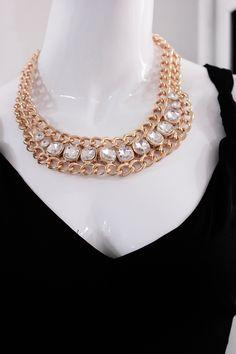 #collar #maxicollar #cadena #dorada #brillos #piedras #lentejuelas #accesorios #moda #fashion