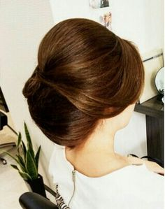 Wedding Hair And Makeup, Hair Makeup, Bun Hairstyles, Wedding Hairstyles, Looks Kate Middleton, Medium Thin Hair, Hair Arrange, Love Hair, Bridesmaid Hair