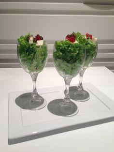 As saladas podem ser servidas em taças! Puro luxo