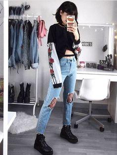 Calça Jeans com Zíper na Perna - Compre Online   DMS Boutique