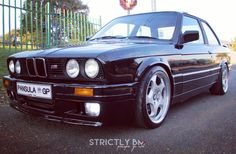 E30, Classic Cars, Trucks, Vehicles, Vintage Classic Cars, Truck, Car, Classic Trucks, Vehicle
