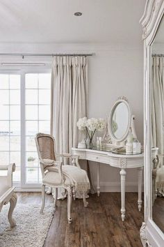 Magical Shabby Chic Interior Design Ideas - http://decor10blog.com/design-ideas/magical-shabby-chic-interior-design-ideas.html