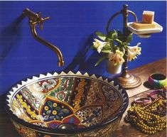 Mexican Talavera Sink by La Tienda published in Otthon Magazine, Hungary Mexican Hacienda, Mexican Style, Mexican Home Decor, Mexican Kitchens, Talavera Pottery, Deco Boheme, Spanish Style, Decoration, Sweet Home