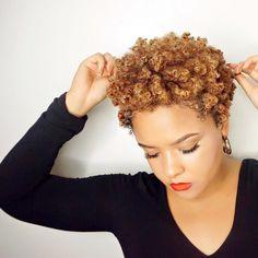 📷 @ilovealimara:  #Hair2mesmerize #naturalhair #healthyhair  #naturalhairstyles #blackhairstyles #transitioning