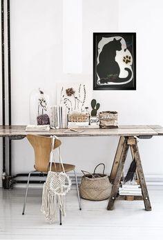 #blackboard #cat #decoration #black&withe #mouse #wallart  #homedecor Blackboards, Office Desk, Cat, Wall Art, Decoration, Handmade, Furniture, Home Decor, Decor