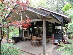 LOVE LOVE MAKE CARPORT INTO PATIOOld house in the woods, Veluwe Netherlands