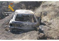 Incendia el coche al darse a la fuga y la dueña denuncia que se lo han robado