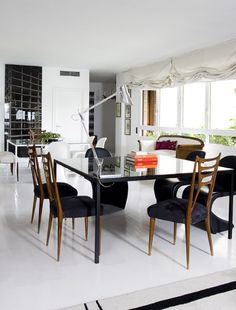 Inspiring dinning room full of pieces of art, by Teresa Sapey