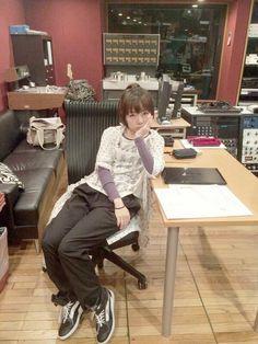 aiko official @aiko_dochibi  5月8日 レコーディング佳境、 そろそろプロデューサーが死にそうです pic.twitter.com/Q5RFXIzbhS