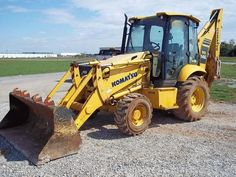 Retroexcavadoras Komatsu  http://espanol.rockanddirt.com/equipment-for-sale/retroexcavadora