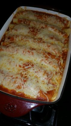 Recipes & Culinary Creations — Chipotle Pulled chicken and Chihuahua Cheese. Spicy Recipes, Mexican Food Recipes, Junk Food Snacks, Snap Food, Cheese Enchiladas, Food Snapchat, Pulled Chicken, Fat Foods, Yummy Recipes