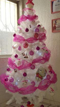 Hello kitty Christmas tree and decor | Hello kitty ...
