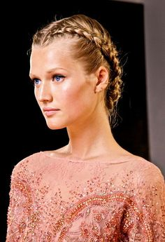Toni Garrn backstage at Elie Saab Haute Couture, Fall 2012 Summer Hairstyles, Trendy Hairstyles, Girl Hairstyles, Braided Hairstyles, Wedding Hairstyles, Hairstyles 2016, Braided Updo, Toni Garrn, Elie Saab