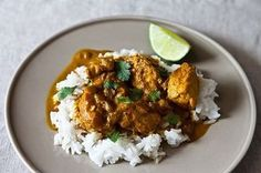 Are looking for a nice diet of chicken curry? Here are some of the best 3 chicken curry recipes you may want to eat it. Indian Food Recipes, Asian Recipes, Healthy Recipes, Ethnic Recipes, Easy Recipes, Indian Foods, Cheap Recipes, Creamy Chicken Curry, Cream Chicken