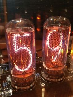 IN-18 nixie clock kit, with 6 tubes. Biggest tubes available today. Want info about it ? Contact me