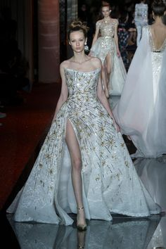 50 Couture Wedding Dresses That Will Make Your Heart Ache - Cosmopolitan.com