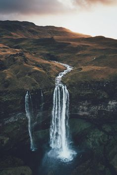 "banshy: "" Seljalandsfoss by: Lennart Pagel """