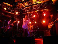[Champagne]2004/12/27 池袋のLIVE INN ROSAで行われた 友人のバンド[Champagne]のライブ Champagne, Live