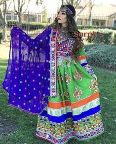 Traditional Floor Length Green Dress. Prom Dresses Long Pink, Pretty Dresses, Maxi Dresses, Tribal Fusion, Pakistani Wedding Dresses, Indian Dresses, Afghani Clothes, Afghan Girl, Punjabi Girls