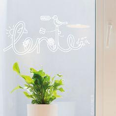 Hallo lente typografische #raamtekening met vogel, vlinder, bloem en zonnetje. Dat maakt toch iedereen vrolijk?