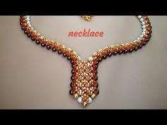 Necklace of beads and bicone. Seed Bead Tutorials, Beading Tutorials, Beaded Necklace, Beaded Bracelets, Necklaces, Super Duo, Necklace Tutorial, Beaded Jewelry Patterns, Seed Bead Jewelry